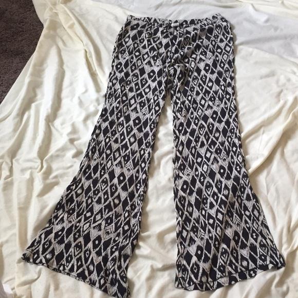 f6e47a80fc Billabong Pants | Flowy Beach Pant Size Small | Poshmark